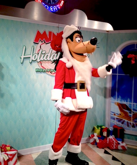 b8447805bf058 Where to Eat  Minnie s Holiday Dine at Disney s Hollywood Studios