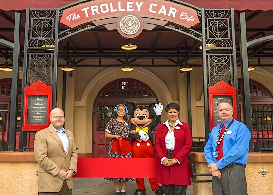 Mickey opens the Trolley Car Cafe