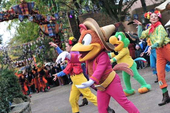 Goofy's Skeletoons Street Party