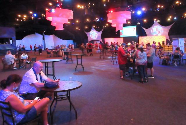 Inside the World Showplace