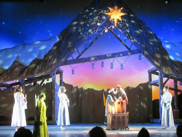 SeaWorld Christmas play
