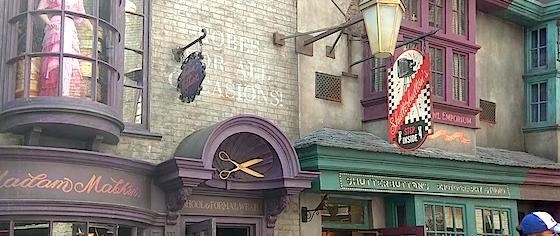 Shutterbutton's Moves Up the Street in Universal Orlando's Diagon Alley