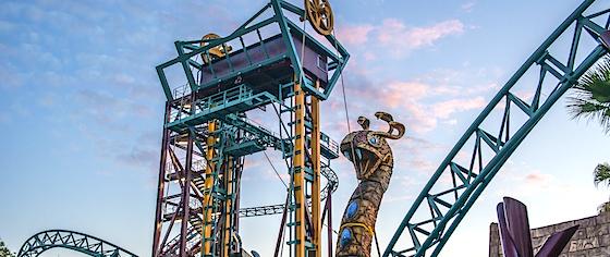 Ride Review Busch Gardens Tampa 39 S Cobra 39 S Curse