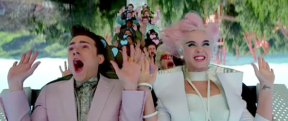 Katy Perry goes to which theme park in her latest video?