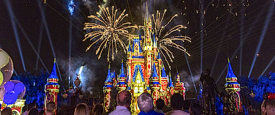 'Happily Ever After' fireworks debut at Disney World's Magic Kingdom