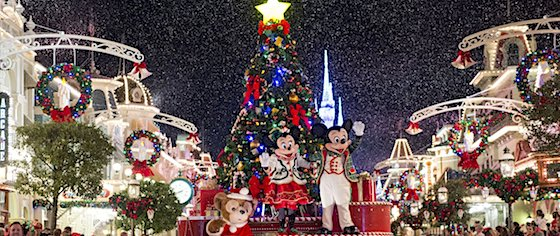 crowds pack disney theme parks as christmas celebrations begin - How Long Is Disney Decorated For Christmas