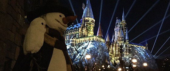 The holidays come alive with new shows at Universal Orlando