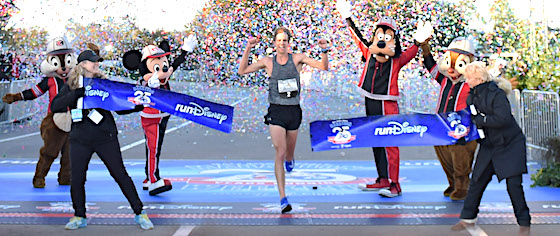 Fans crowd Disney World for 25th WDW Marathon weekend