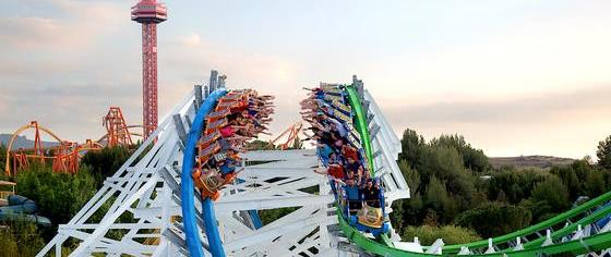 How good was Six Flags' financial performance last year?