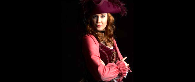 disneyland is getting a walk around redhead from pirates of the
