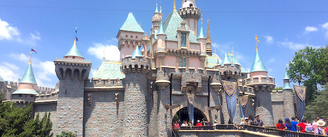 How to avoid getting caught by a super-crowded day at Disneyland