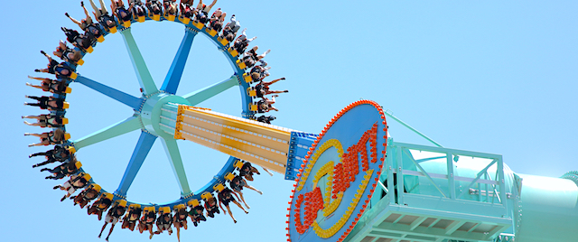 Attendance, revenue rising at Six Flags amusement parks