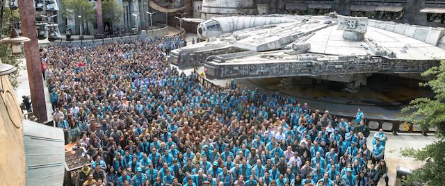 Disneyland cast celebrates their opening of Star Wars: Galaxy's Edge