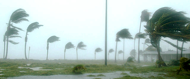 What to do when a hurricane strikes your Orlando vacation?
