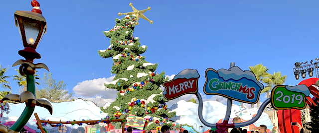 The Grinch and Harry Potter welcome Christmas at Universal