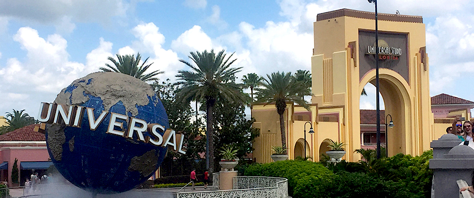 Universal Orlando to Roll Back Distancing Rules
