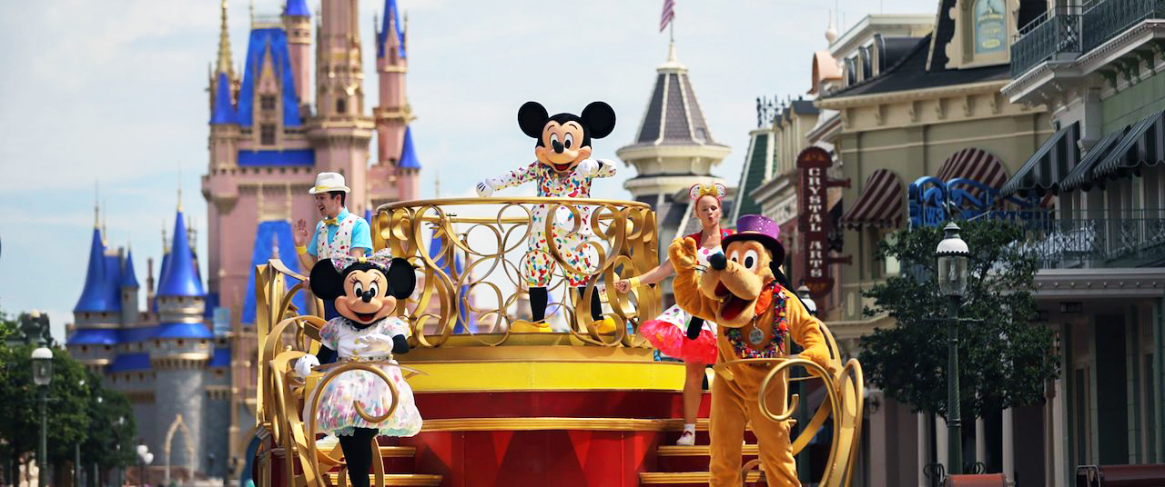50 Years of Walt Disney World: What Time Is the Parade?