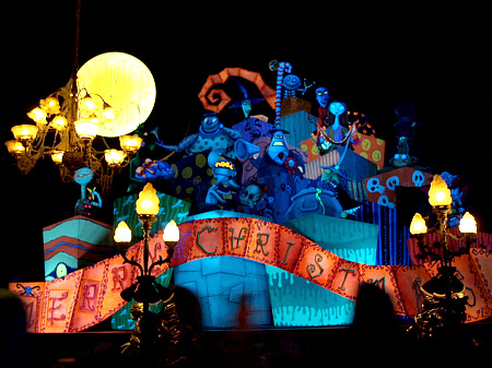 Space Mountain's 'Ghost Galaxy' highlights HalloweenTime at Disneyland
