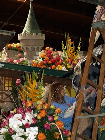 More Rose Parade float decorating