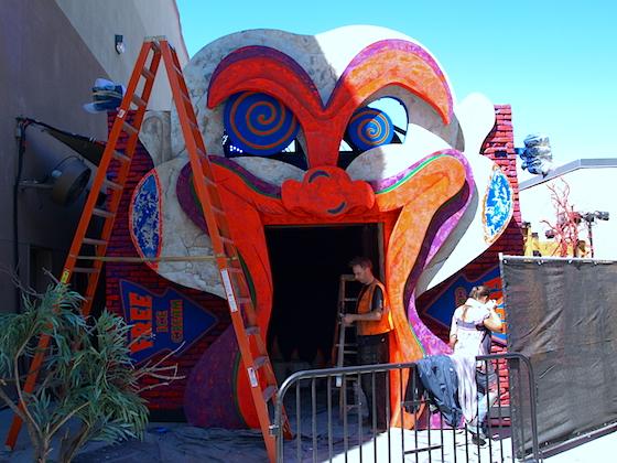 Clowns 3D entrance