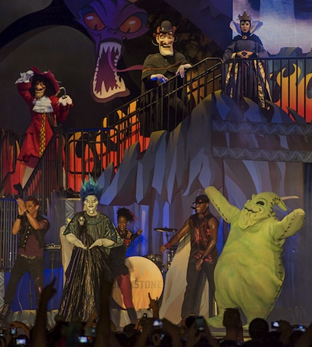 Stage show at the Friday the 13th Disney Villains event