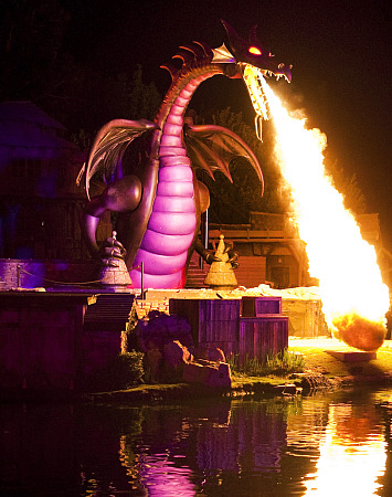 Fantasmic Dragon