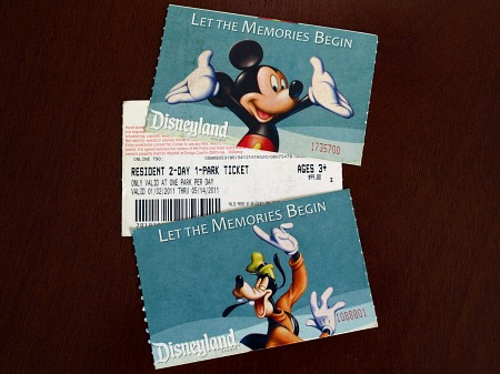 Disney theme park tickets