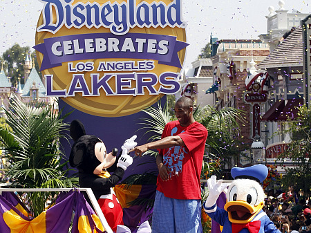 Kobe went to Disneyland