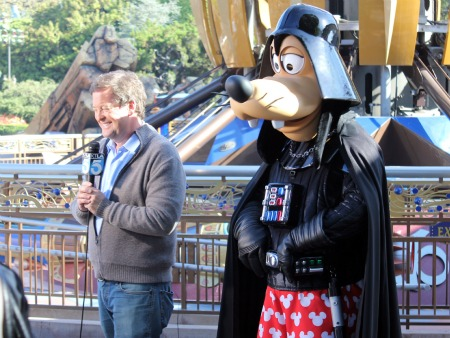 Sam Rubin and Darth Goofy
