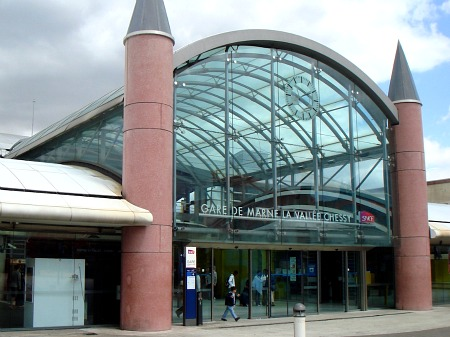 Disneyland Paris rail station