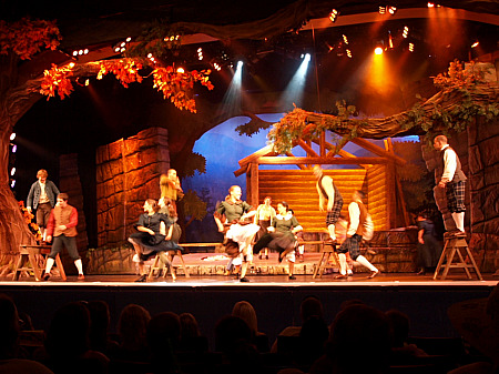 Dancing and acrobatics in Dollywood's Sha-Kon-O-Hey
