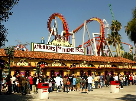 Don't try to understand Knott's Berry Farm; just enjoy what you can