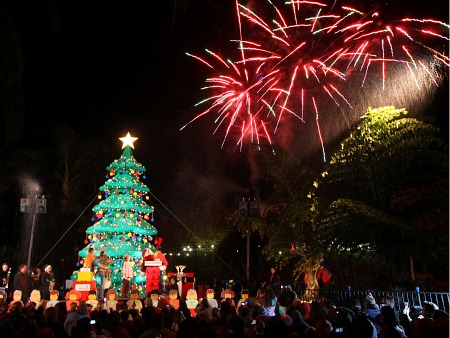 Fireworks at Legoland's Holly Jolly Holidays