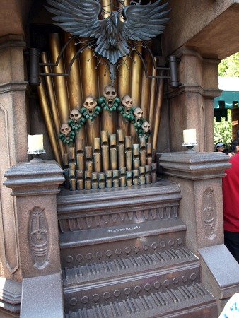 Mansion organ