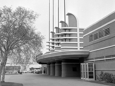 Pan Pacific Auditorium entrance in 1956
