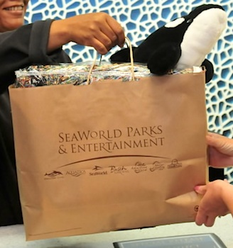 SeaWorld paper shopping bag