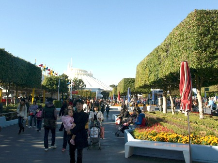 Tomorrowland entrance from Fantasyland