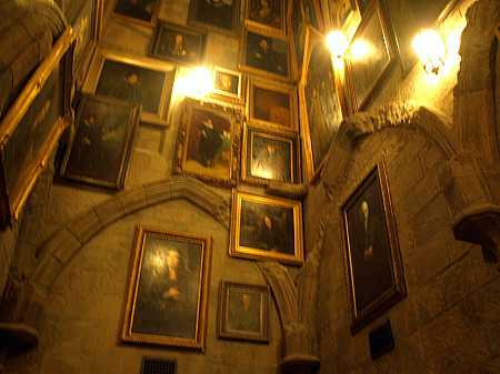 Portrait hall in Hogwarts castle