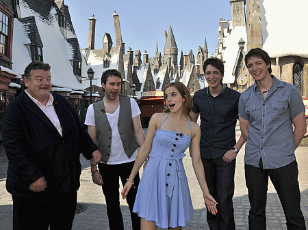 Cast members from the Harry Potter films visit Universal's Wizarding World