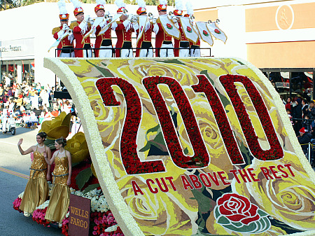 Openig float in 2010 Rose Parade
