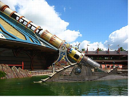 Les Mysteres du Nautilus photo, from ThemeParkInsider.com