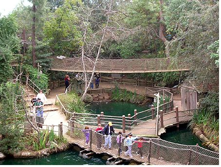 Tom Sawyer's Island photo, from ThemeParkInsider.com