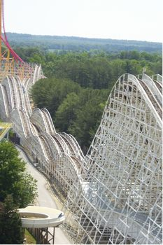 Rebel Yell photo, from ThemeParkInsider.com