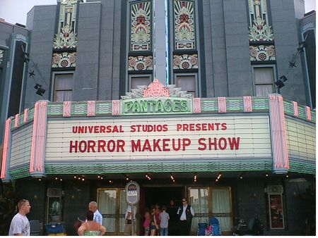 Universal Horror Make-up Show photo, from ThemeParkInsider.com