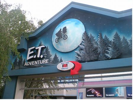 E.T. Adventure photo, from ThemeParkInsider.com