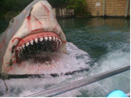 Jaws photo, from ThemeParkInsider.com