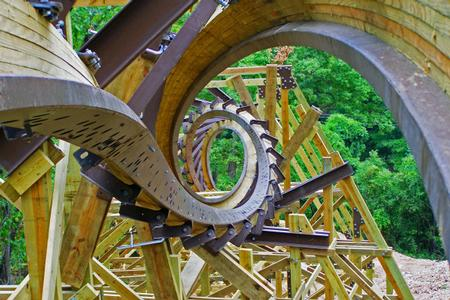 Outlaw Run photo, from ThemeParkInsider.com