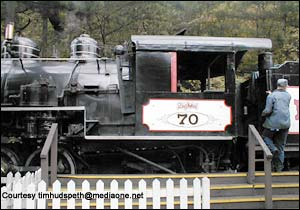 Dollywood Express photo, from ThemeParkInsider.com