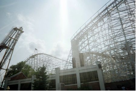 Cyclone photo, from ThemeParkInsider.com