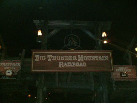 Big Thunder Mountain Railroad photo, from ThemeParkInsider.com